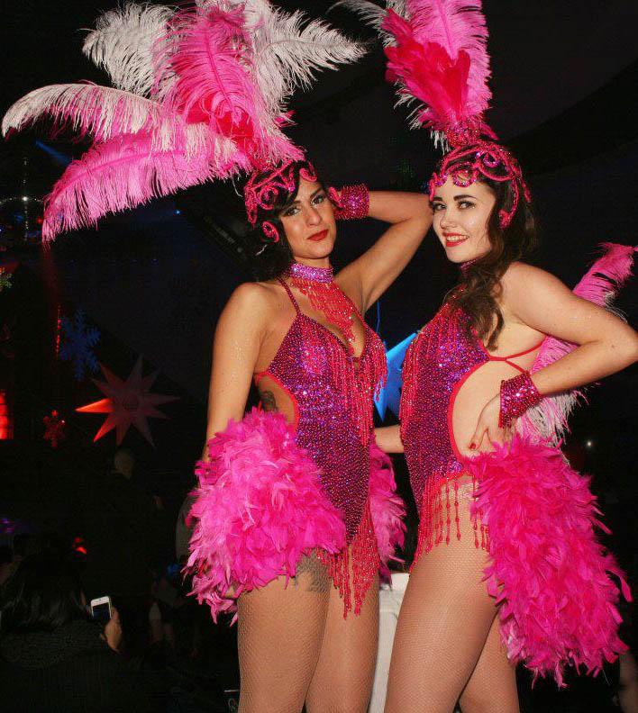 vegas girl shows nude