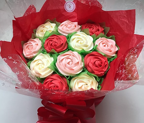 cakes, cupcake bouquets, homemade,  delivered by the baker who made it. ideal for Birthdays, morthers day and all occasions