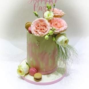 Bonnet Cake
