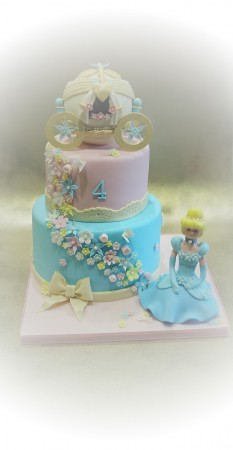 Super Cinderella Birthday Cake Anita B Cakes Birthday Cards Printable Riciscafe Filternl