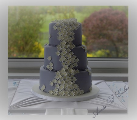 3 Tier Daisy Wedding Cake