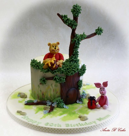 Winnie the Pooh Cake with Pooh and Piglet