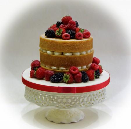 Vegan cake with fresh fruit