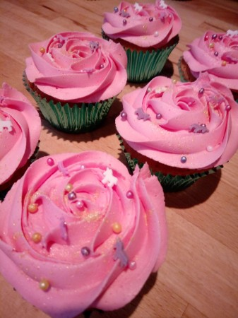 Pretty rose cupcakes