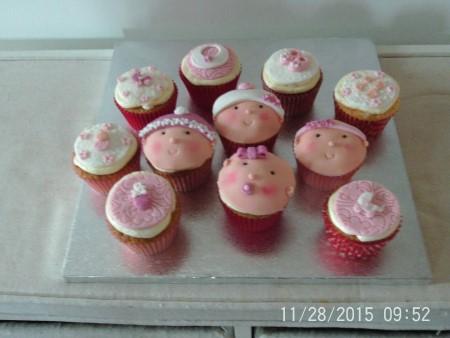 Baby girl or boy cupcakes