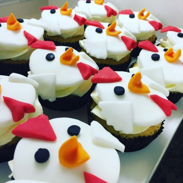 Chicken themed cupcakes