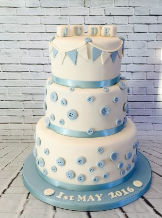 Bunting and buttons Tiered cake