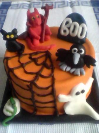 Childrens Halloween Cake