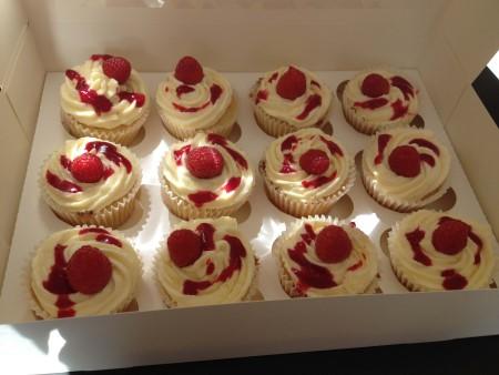'Victoria' Cupcakes