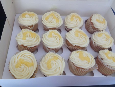 Vanilla Cupcakes with Plain white buttercream icing