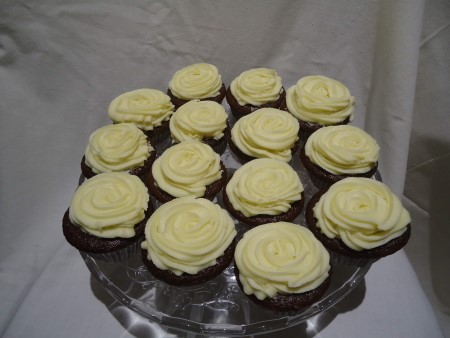 Chocolate Cupcakes & White Chocolate Buttercream