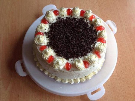Celebration cake (eggless)