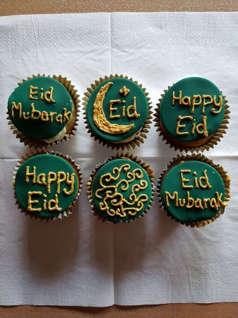 Eid themed cupcakes (eggless)