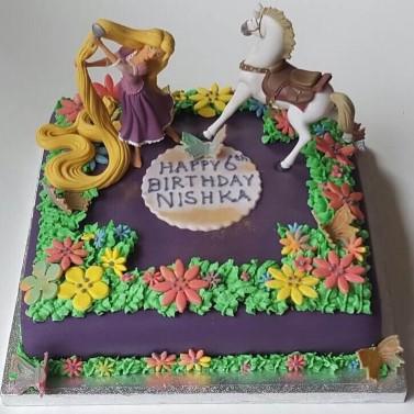 Rapunzel/ Tangled  cake