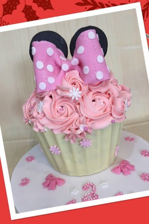 Children's Cakes-bow top