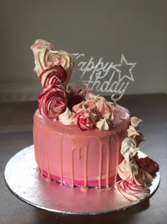 Meringue birthday cake