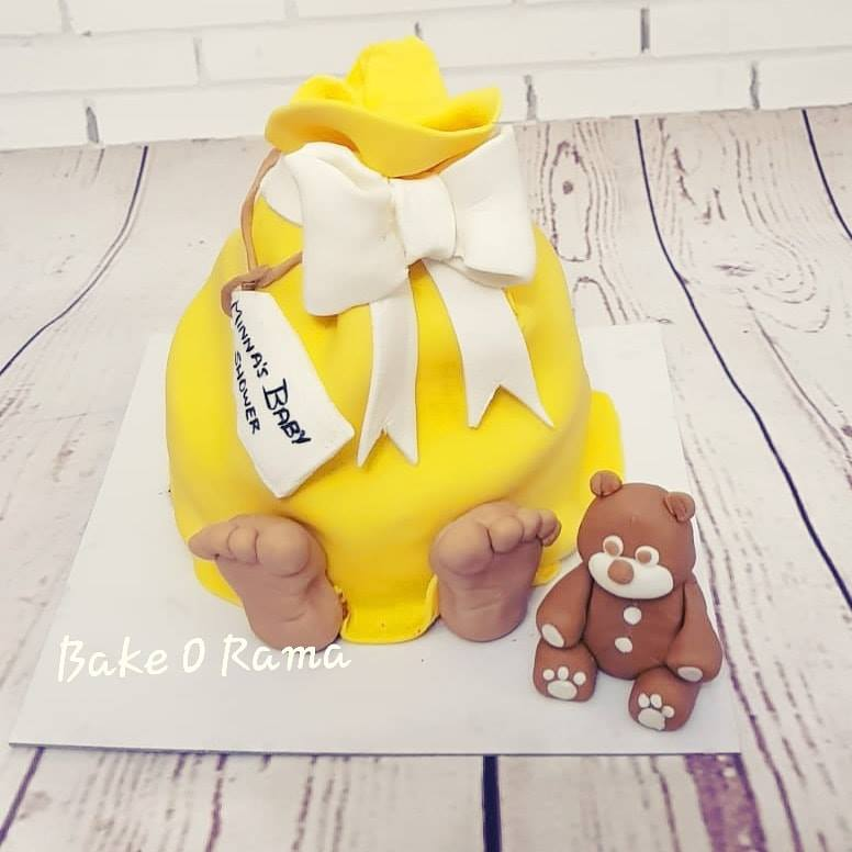 Baby Shower Cake - Baby Bundle