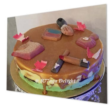 Beauty make up gelato cake