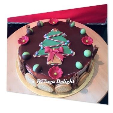 Christmas tree gelato cake