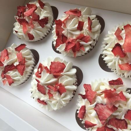 Gluten Free Vegan Strawberry Cupcakes