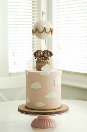 Baby shower cake -Elephant and Balloon