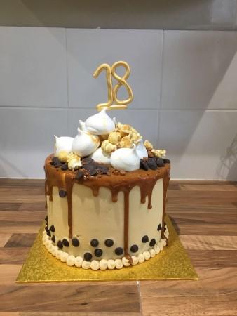 Caramel Popcorn Meringue Drip Cake