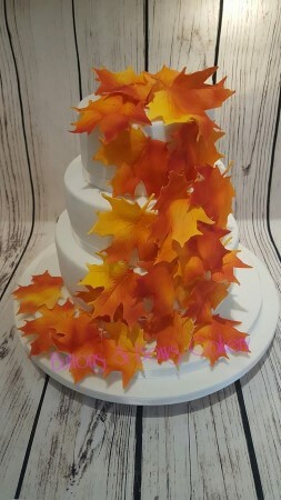 Autumnal Themed Wedding Cake