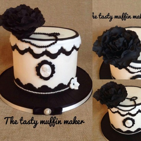 Black&white ladies Birthday cake