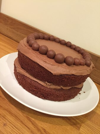 Mmmmmalteser cake