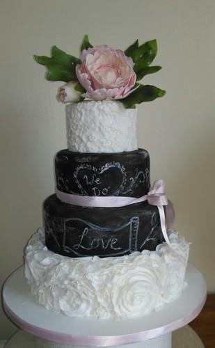 Round 4-Tier Sponge Chalkboard Wedding Cake
