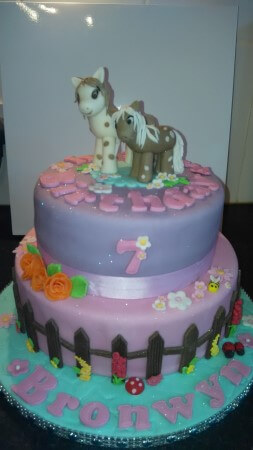 2 tier pony and foal cake