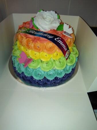 2 tier buttercream rose swirl cake