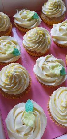 Delicious Lemon Cupcakes