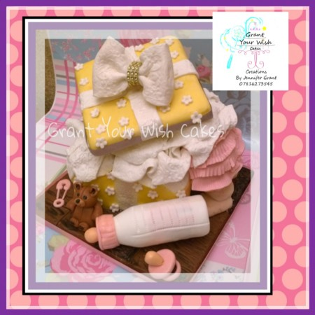 Baby shower / Gender reveal / 1st birthday cake Can be baked Gluten Or Lactose free or Vegan.