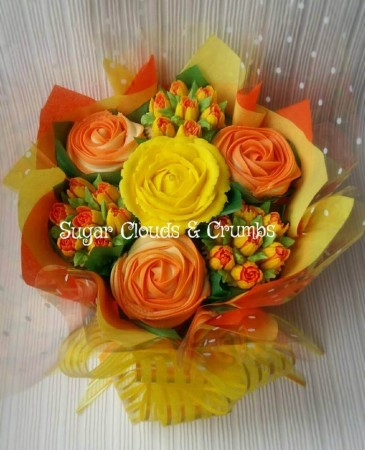 Summer cupcake bouquet