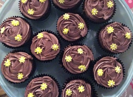Flower decorated chocolate cupcakes