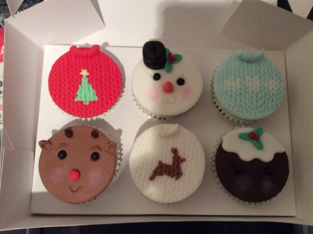 Christmas jumper  Theme cupcakes
