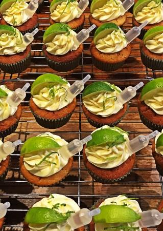 GLUTEN FREE: Gin & Tonic cupcakes