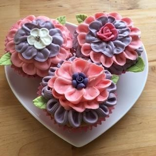 Two Coloured Cupcake flowers