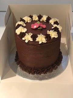 4 Tier Chocolate & Vanilla Naked Sponge