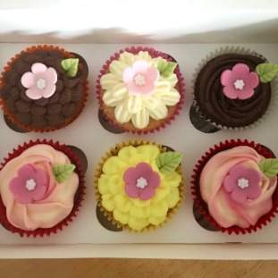 Cupcake gift box (2 flavours)