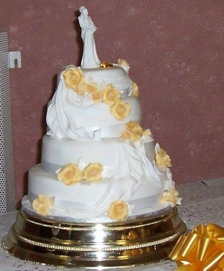 3 Tier Swags and Roses Wedding Cake