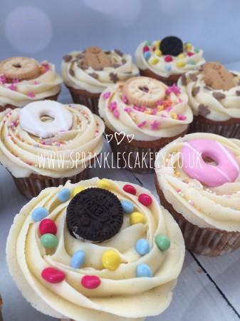 Biscuit Treat Box Cupcakes