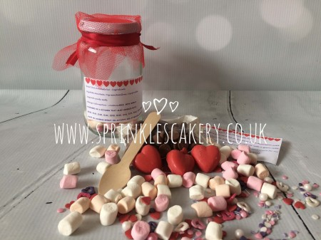 Heart Hot Chocolate Jar & Cupcake