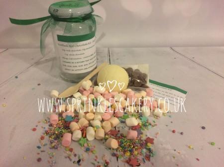 Football Hot Chocolate Jar & Cupcake