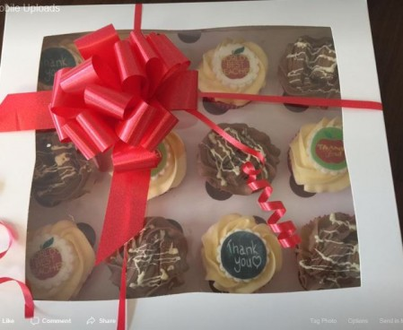 cupcake presentation box- bespoke