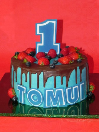For Boys Birthday-drip cake