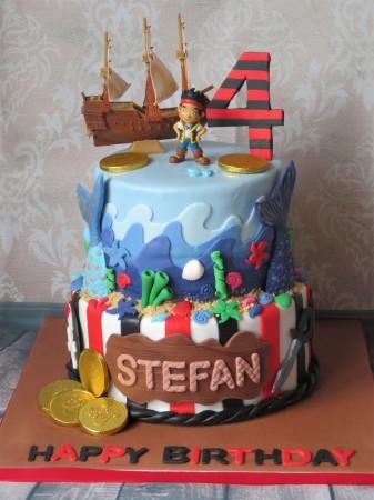Pirate & mermaid theme cake