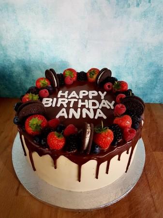 Fruity drip cake
