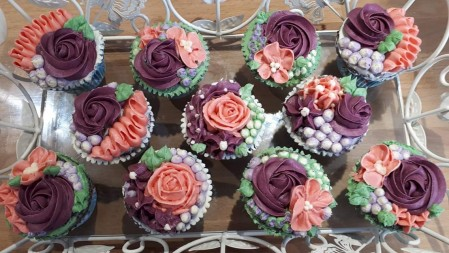 Flower style cupcakes